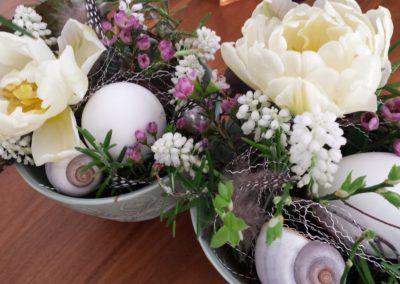 auf Bestellung Blumenschnitt in schönen Schalen