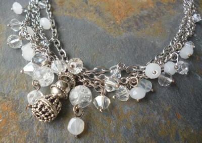wunderschöne Halskette kristallfarben