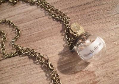 Halskette mit hübschem Anhänger SpruchimGlas